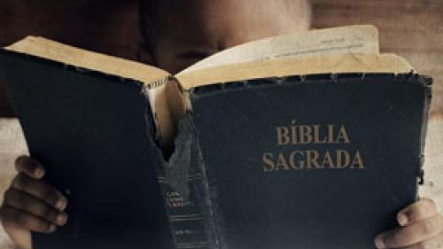 boy_reading-bible