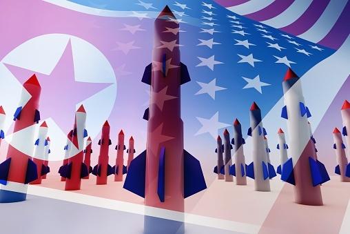 Todos continuam observando os freqüentes testes nucleares e balísticos da Coréia do Norte. A questão é: isso levará a conflitos diretos entre os Estados Unidos e a Coréia do Norte?